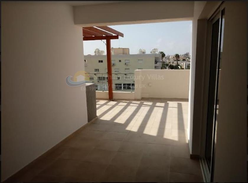 Apartment in Mesa Geitonia