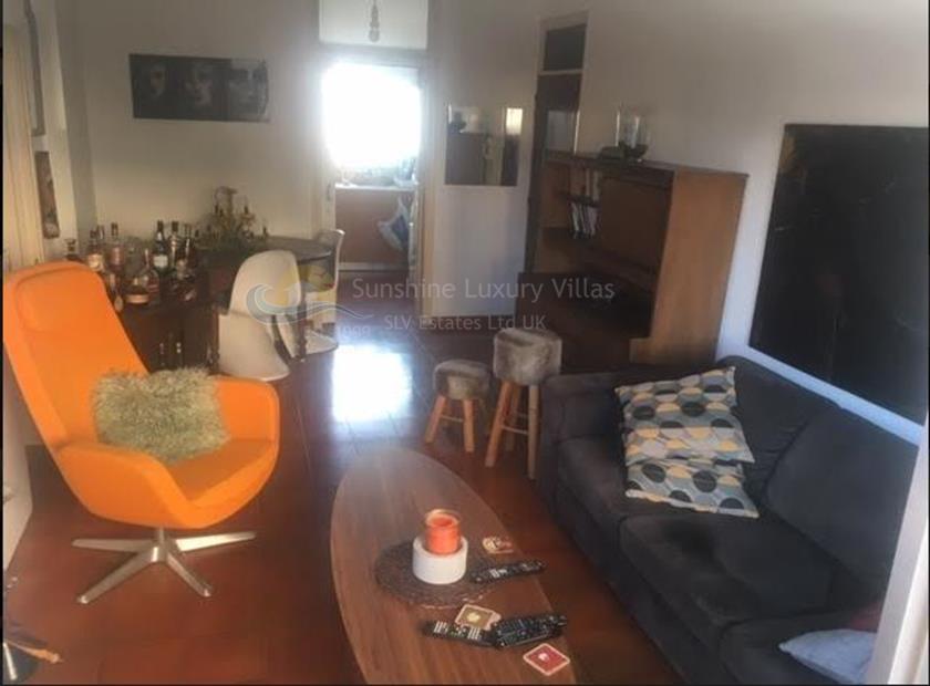 Apartment in Makarios Avenue III