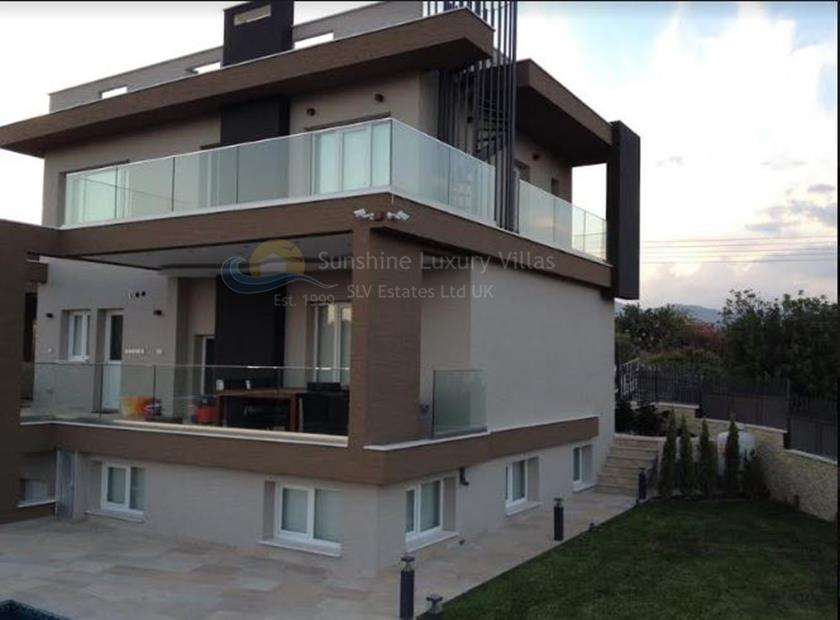 Villa/House in Pyrgos