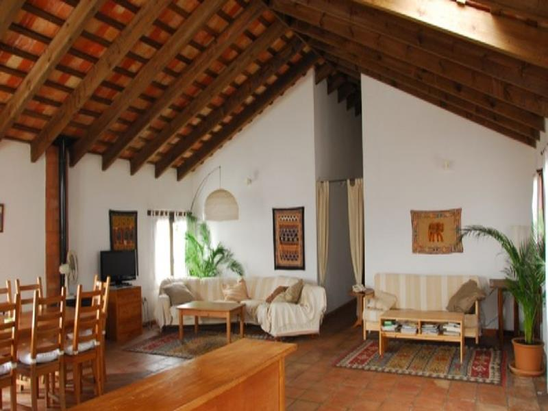 Commercial Property in Jimena de la Frontera