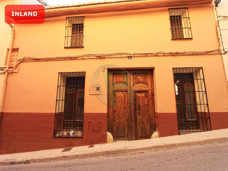 Town House in Sanet y Negrals