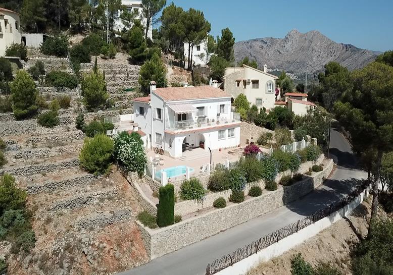 Villa in Jalon Valley