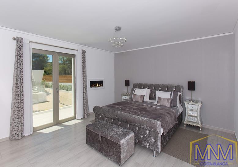 7 Schlafzimmer Villa Zum Verkauf In Javea 1 500 000 Eur